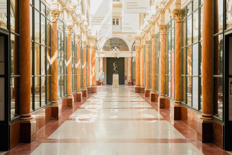 La superbe architecture de la galerie Colbert