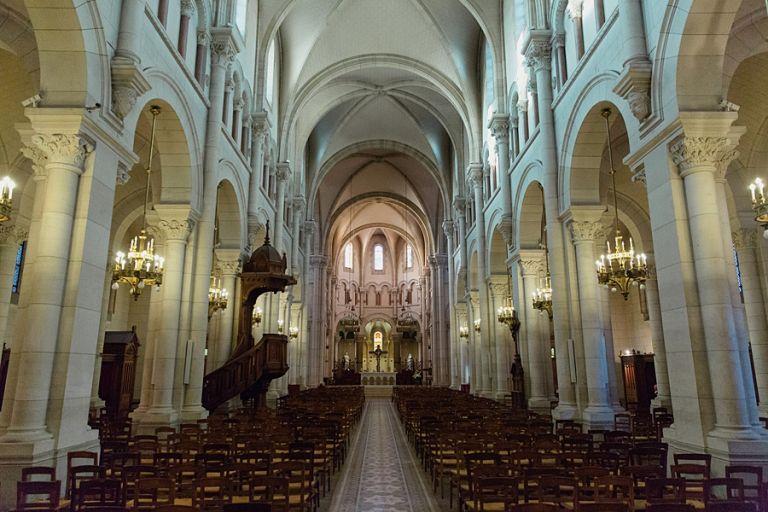 l'Église Saint-Pierre 92